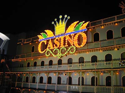 049. Casino Flotante - 22.04.04