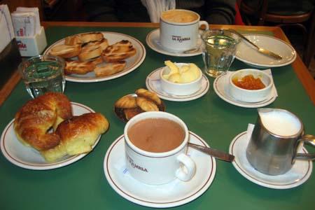 Um roteiro de cafés da manhã em Buenos Aires