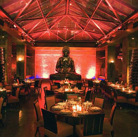 Fonte: http://iwandahnial.wordpress.com/2009/03/16/restoran-%E2%80%9Cbuddha-bar%E2%80%9D-melecehkan-agama-buddha/