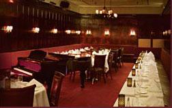 Fonte: http://www.algonquinhotel.com/oak-room-supper-club