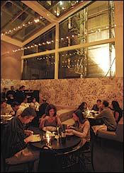 Fonte: http://nymag.com/nymetro/food/reviews/restaurant/14783/