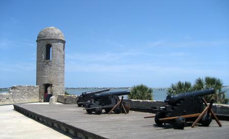 Parte da bateria de canhões do Castillo de San Marcos