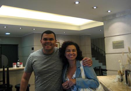 O PêEsse e eu no lobby do Hotel Argentino, Mendoza
