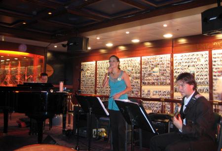 O Paula Koropecki Trio em cena