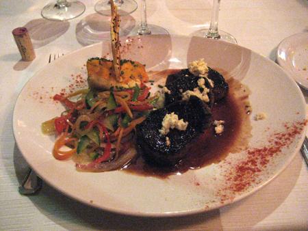 Um suculento lomo ao vinho e gorgonzola