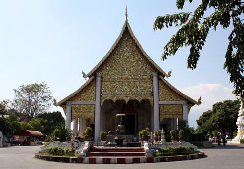 Wat Chediluang Varaviharn