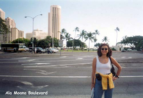 01. Ala Moana Boulevard