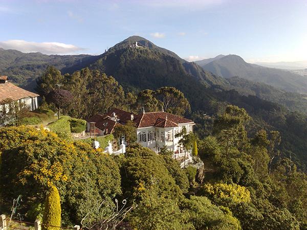 No alto do Cerro de Monserrate