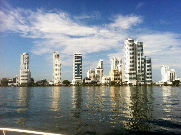 ...que, vista de longe, me lembrou Miami...