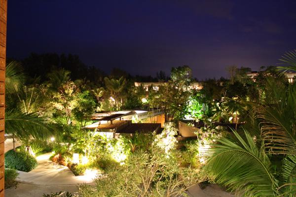 Vista noturna da nossa varanda