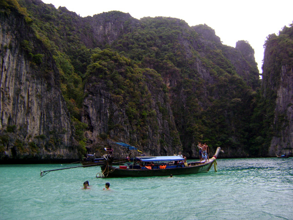 Chegando a Koh Phi Phi Leh